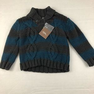 Tea Gray and blue knitted sweater